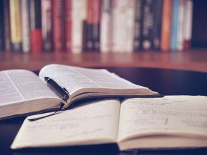 Otvorené knihy, štúdium